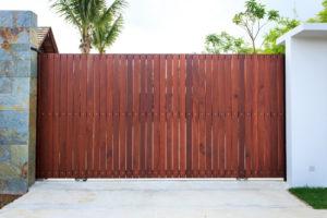 64156aa2229f6d Le pilier de portail est un élément clé dans la protection et la bonne  tenue de votre ...