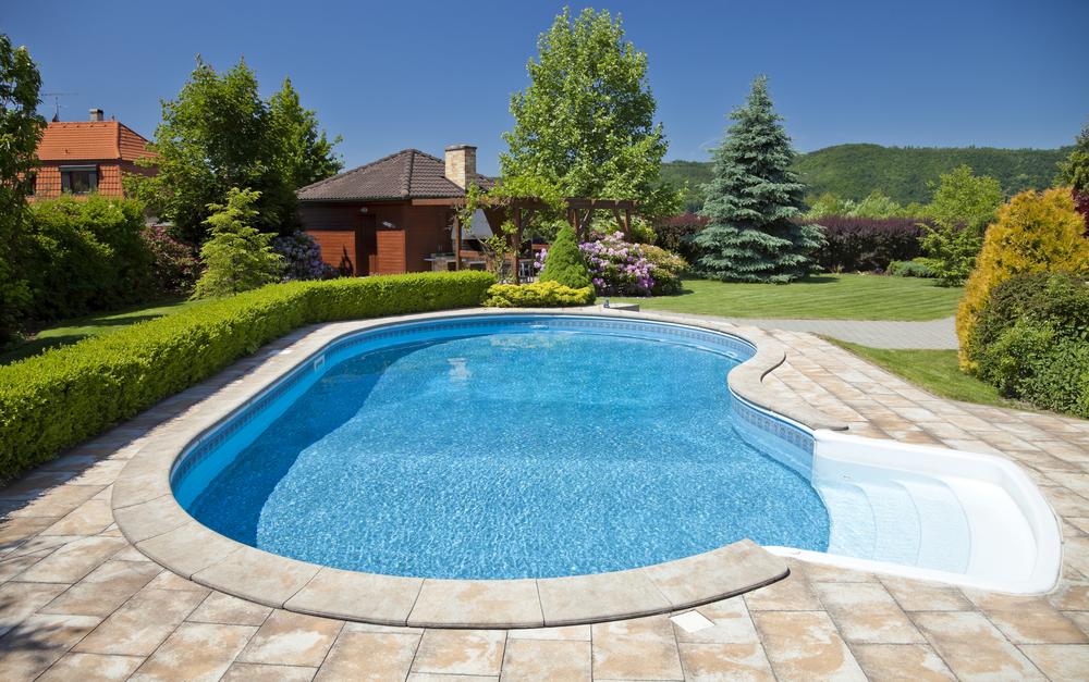 construire une piscine en 2018 guide complet sur le. Black Bedroom Furniture Sets. Home Design Ideas