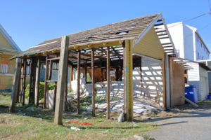 Garage hos sol en construction - ossature en bois