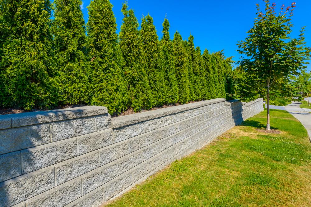 prix de pose de clôture en pierre