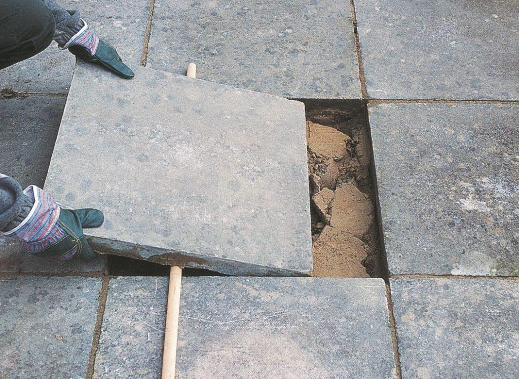 Prix pose d'une dalle en béton gravillonnée en rénovation