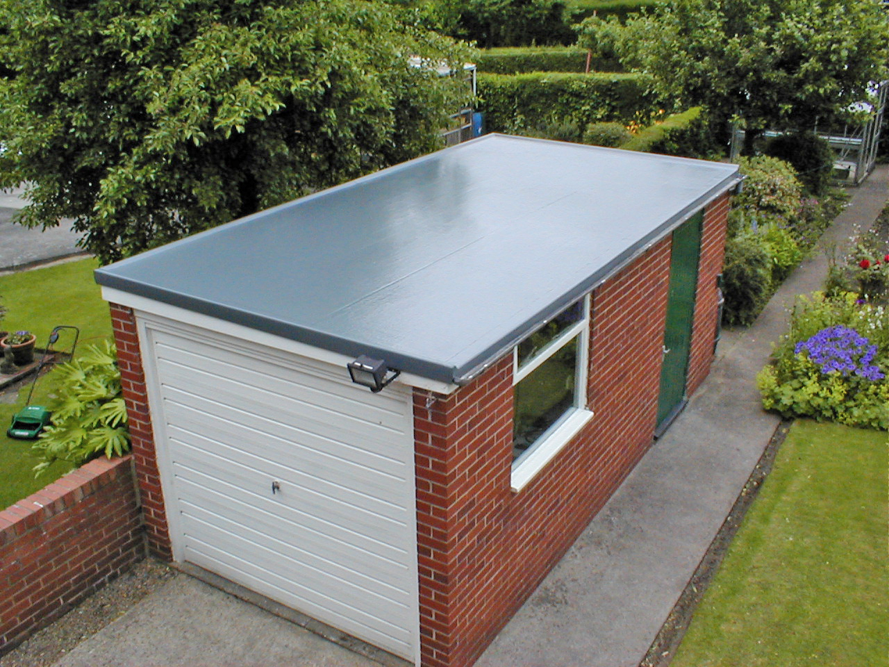 Tout savoir sur l 39 tanch it d 39 un toit terrasse prix et for Etancheite terrasse sur garage