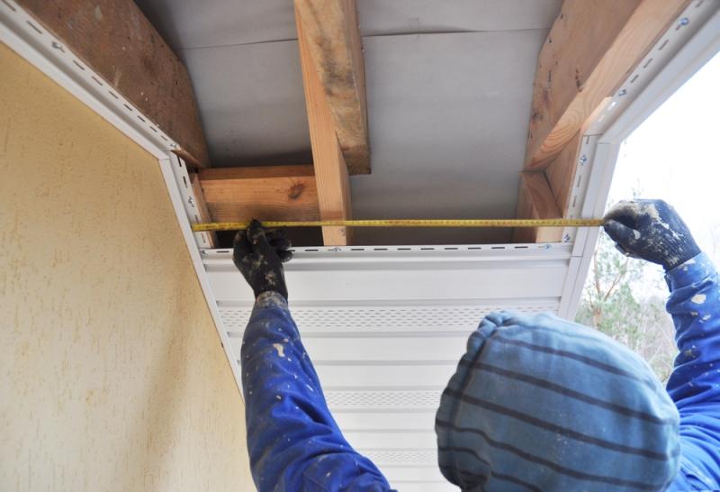 pose de débord de toit